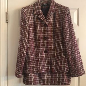 Tweed 2 piece skirt suit